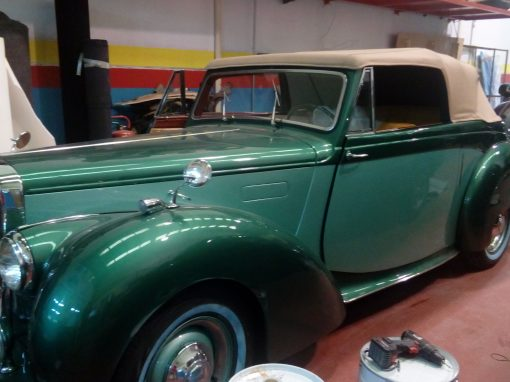 Tapizado de coche clásico ALVIS
