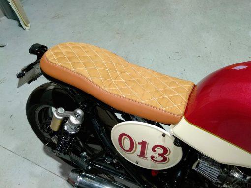 tapizado asiento moto cafe racer